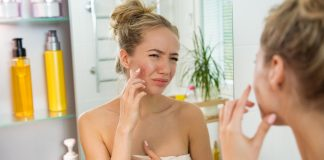 Severe acne in summer This is the reason!